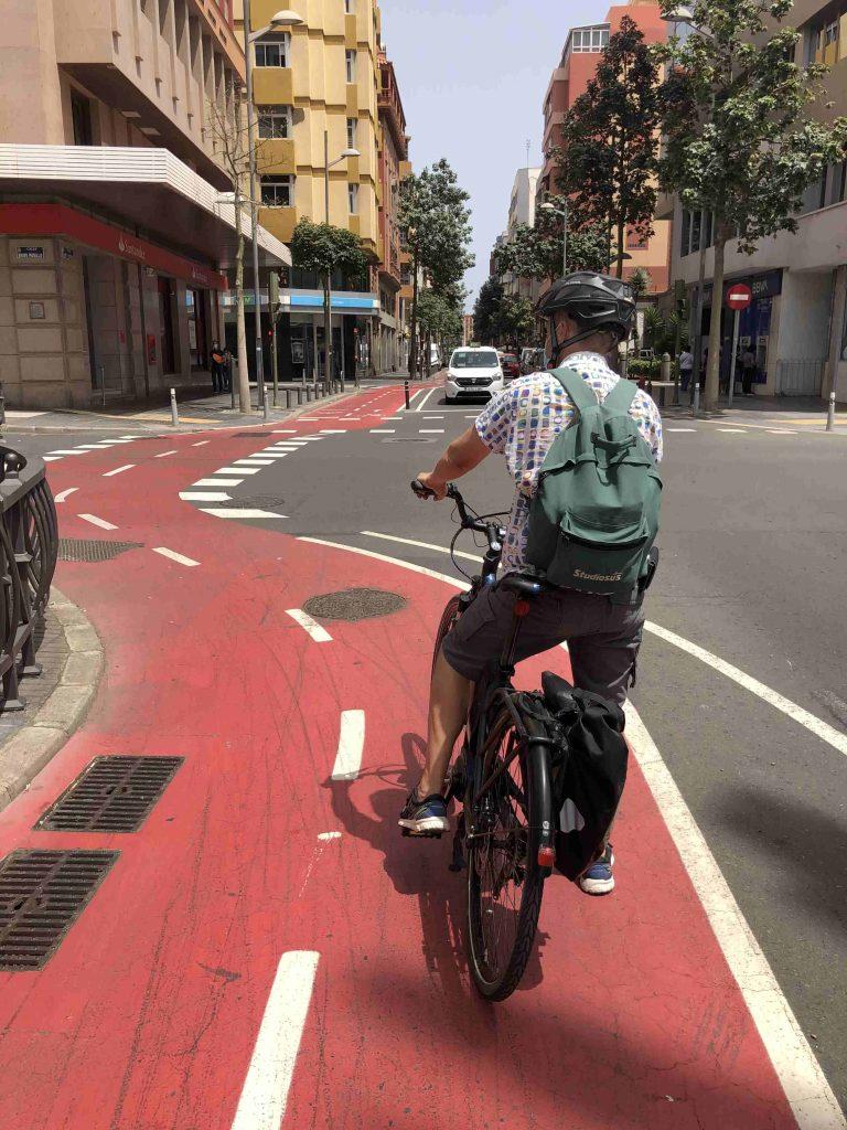 Der gekennzeichnete Fahrradweg durch Las Palmas